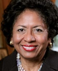 Dr. Ruth Simmons