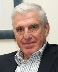 Yannos Papantoniou