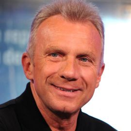 Joe Montana Headshot