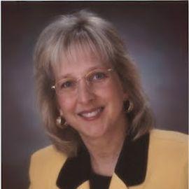 Wendy Mannering Headshot