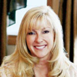 Susan Peterson Headshot