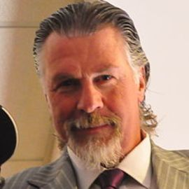 Barry Melrose Headshot