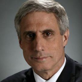 Robert Bazell Headshot