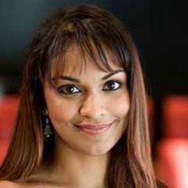 Danielle de Niese Headshot