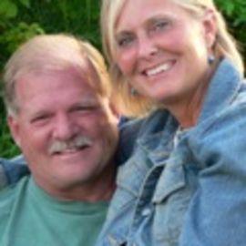 Newell and Colleen Cerak Headshot