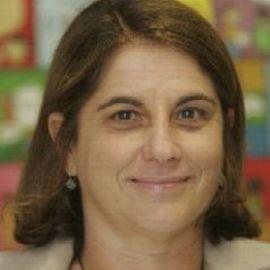 Vera Cordeiro Headshot