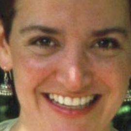 Lea Esterhuizen Speaker Agent