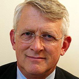 Dr. Jeffrey Bauer Headshot