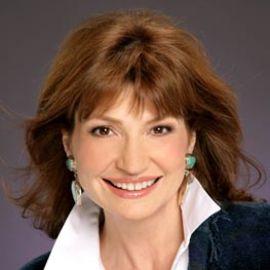 Martha Williamson Headshot