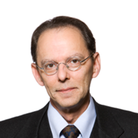Patrick Louis Knudsen Headshot