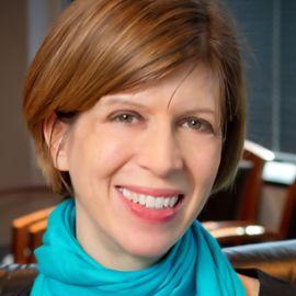 Lisa Bradner Headshot