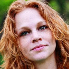 Melissa Pierce Headshot