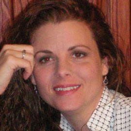 Tracy Lewis Headshot