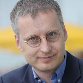Viktor Mayer-Schönberger Headshot
