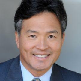 Milton Chen Headshot
