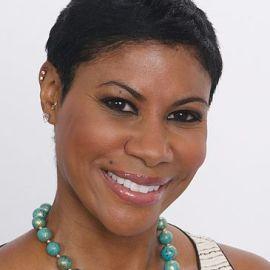 Stephanie Johnson Headshot