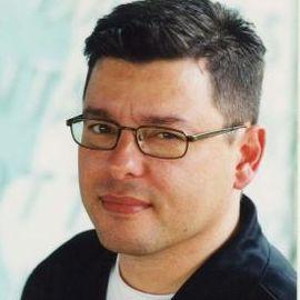 Hector Cantu Headshot
