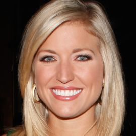 Ainsley Earhardt Headshot