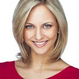 Carla Babb Headshot