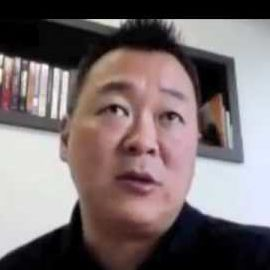 Robb Fujioka Headshot