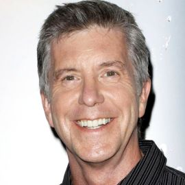 Tom Bergeron Headshot