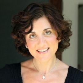 Diane Prince Johnston Headshot