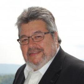 Richard Grehalva Headshot