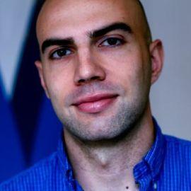 Adam Ostrow Headshot