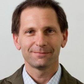 Richard Resnick Headshot