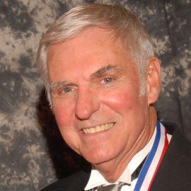Dick Rutan Headshot