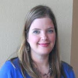 Ashley Verhagen Headshot