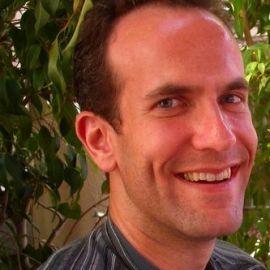 Steven Mazie Headshot