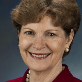 Jeanne Shaheen Headshot