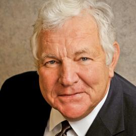 William Bennett Headshot