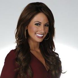 Holly Sonders Headshot
