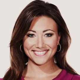Lara Baldesarra Headshot