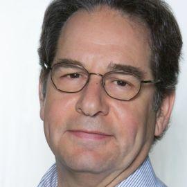 Dr. Christopher Bauer Headshot