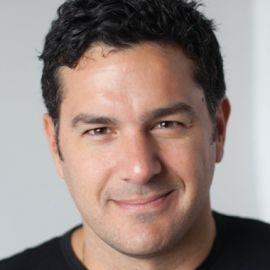 Andreas Raptopoulos Headshot