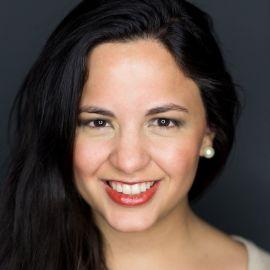 Maria Fernanda Gandara Gil Headshot