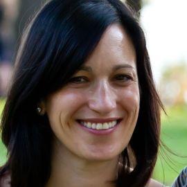 Karen Alpert Headshot