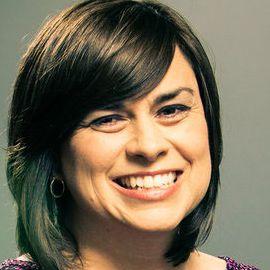 Julie Albaugh Headshot