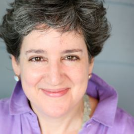 Julie Burstein Headshot