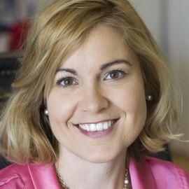 Dr. Andrea Bonior Headshot