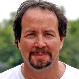 Glenn Stone Headshot