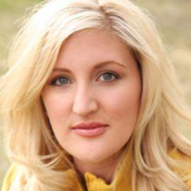 Melissa Moore Headshot