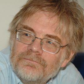 Fred Pearce Headshot