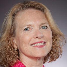 Margaret Reynolds Headshot