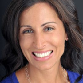 Lisa Genova Headshot