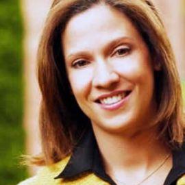 Maria Claudia Lacouture Headshot