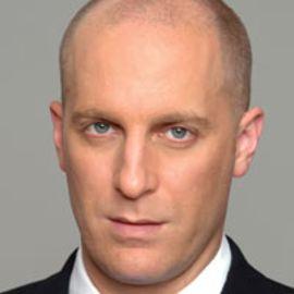 Gideon Grinstein Headshot